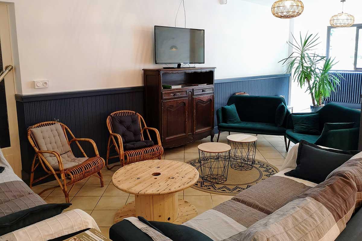 Espace salon - Relais d'Avajan