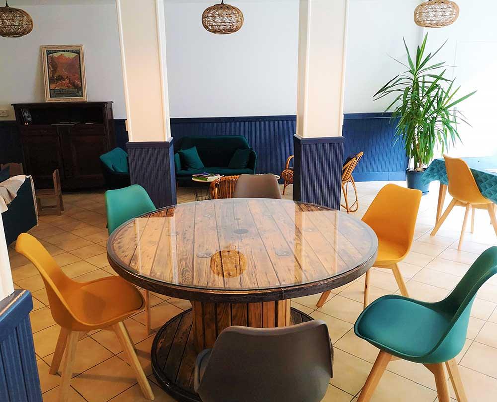 Espace salon et salle à manger - Relais d'Avajan